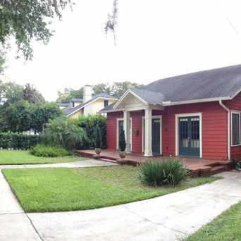 Photo of Amelia Between Broadway & Cathcart in Lake Eola Heights, Orlando