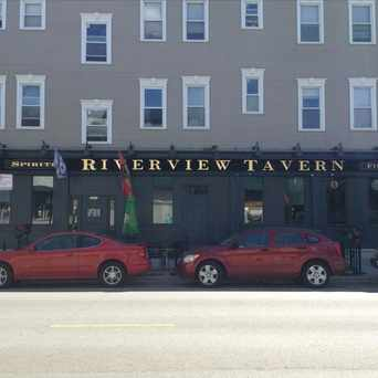 Photo of Riverview Tavern in Roscoe Village, Chicago