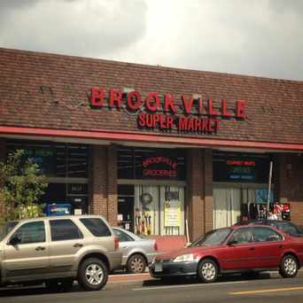 Photo of Brookville Supermarket in Cleveland Park, Washington D.C.