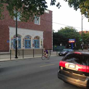 Photo of Stockton Elementary School in Uptown, Chicago