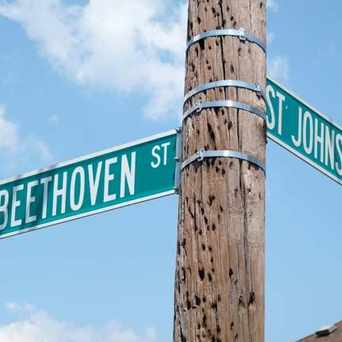 Photo of Beethoven St and St Johns St, Rosebank, Staten Island in Rosebank, New York