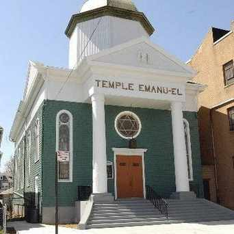 Photo of Temple Emenau-el in Port Richmond, New York