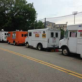 Photo of Margaret Morrison St Food Trucks in Squirrel Hill North, Pittsburgh