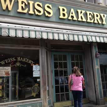 Photo of Weiss Kosher Bakery in Borough Park, New York