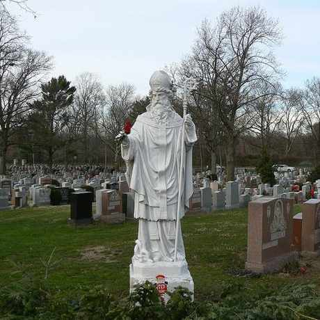 Photo of Mount St. Mary Cemetery in Flushing, New York