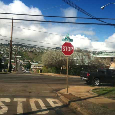 Photo of WAIALAE AVE + 16TH AVE in Kaimuki, Honolulu