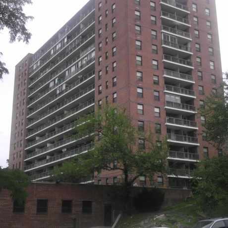 Photo of 5581-5597 Broadway in Kingsbridge, New York