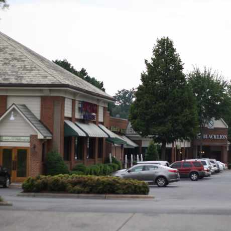 Photo of Dilworth Gardens Shopping Center in Freedom Park, Charlotte