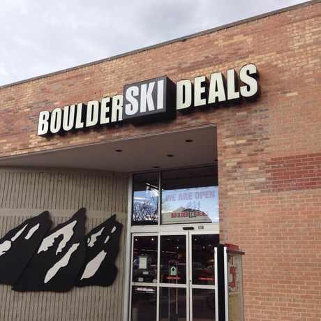 Cu boulder ski deals