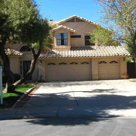 Photo of 920 N Sweetwater Bay Dr in Val Vista Lakes, Gilbert
