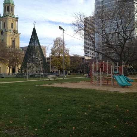 Photo of Cathedral Square Park in Juneau Town, Milwaukee
