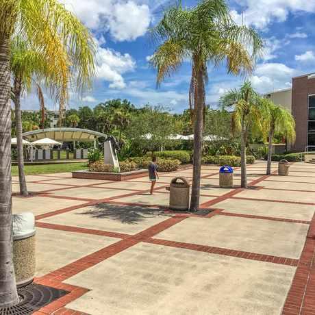 Photo of Denius Student Center in Melbourne