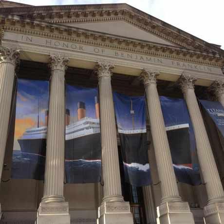 Photo of Franklin Institute Library in Logan Square, Philadelphia