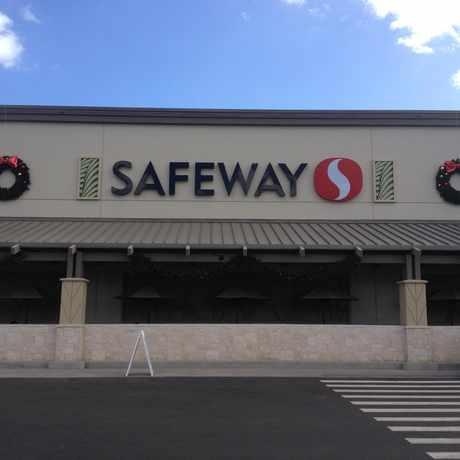 Photo of Safeway in Ewa Gentry