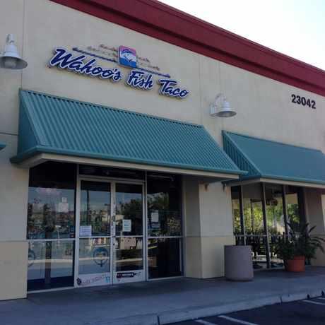 Natural Dog Food Store Near Yorba Linda