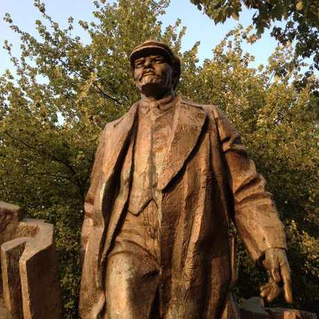 Photo of Lenin Statue in Fremont, Seattle