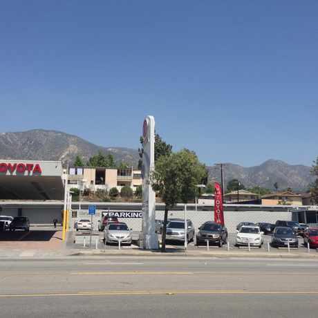 Photo of Bob Smith Toyota in Crescenta Highlands, Glendale