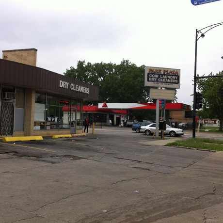 Photo of Park Plaza Coin Laundry in Chatham, Chicago