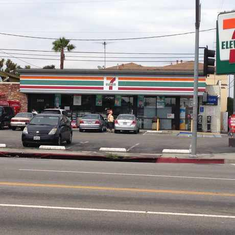 Photo of 7 Eleven Palms in Mar Vista, Los Angeles