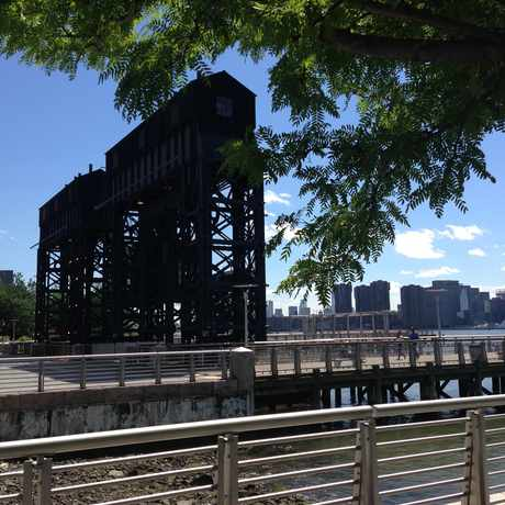 Photo of Gantry Plaza State Park in Long Island City, New York
