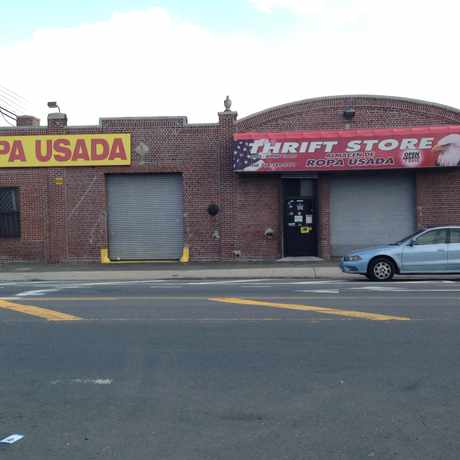 Photo of Ropa Usada Thrift Store in Hunts Point, New York