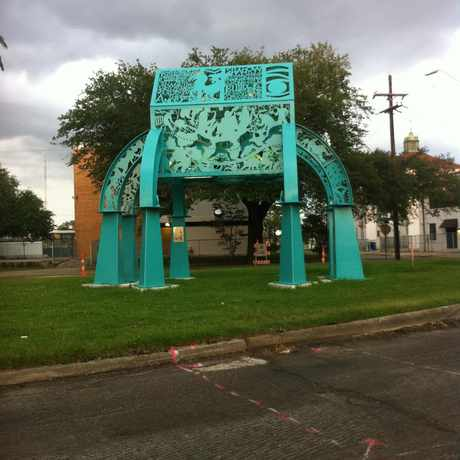 Photo of Sculpture in Fairgrounds, New Orleans