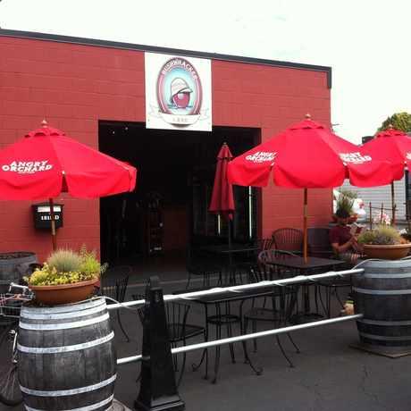 Photo of Bushwhacker Cider in Brooklyn, Portland