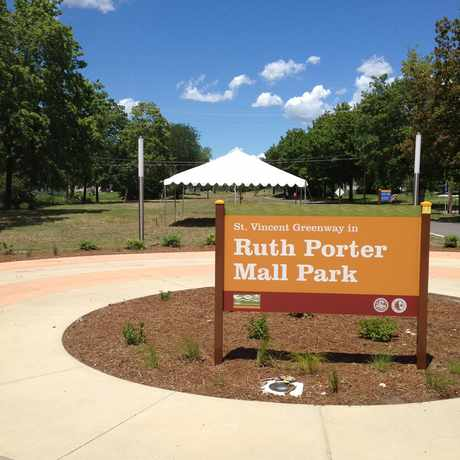 Photo of Ruth Porter Mall Park in St. Louis