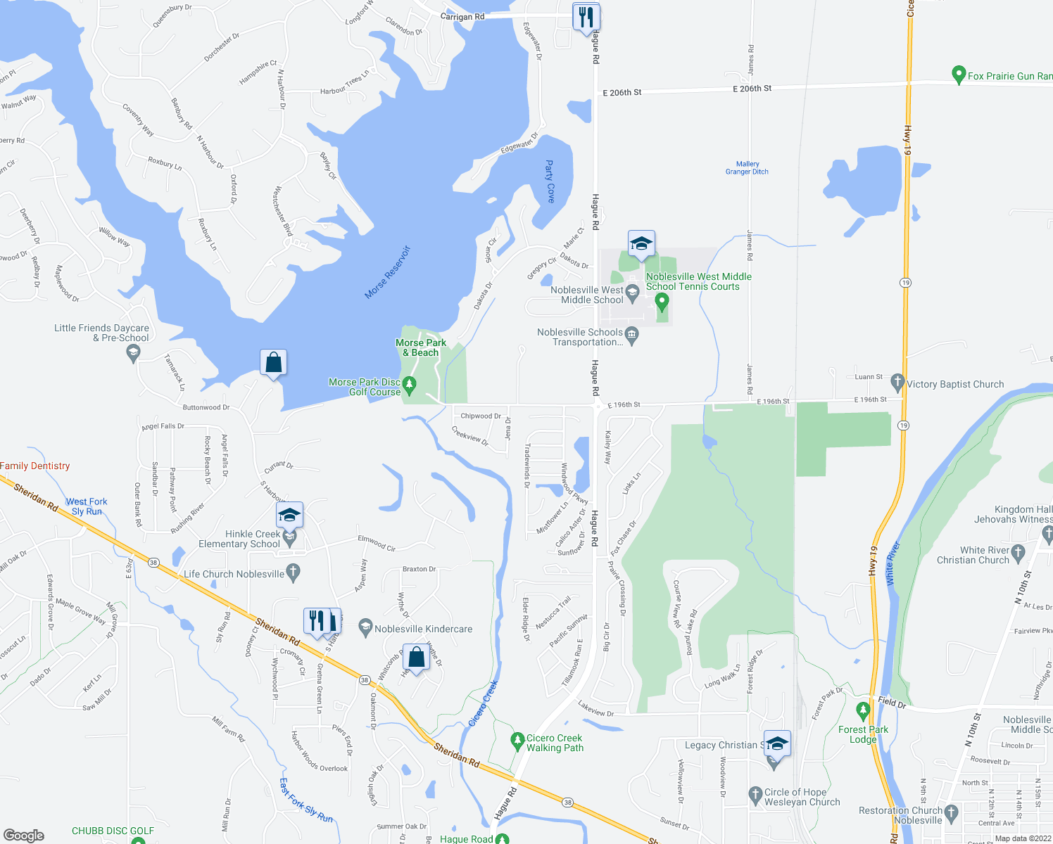 map of restaurants, bars, coffee shops, grocery stores, and more near 7563 Hollow Reed Court in Noblesville