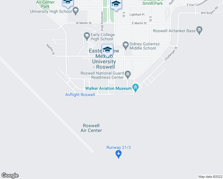 map of restaurants, bars, coffee shops, grocery stores, and more near Lundberg Place in Roswell